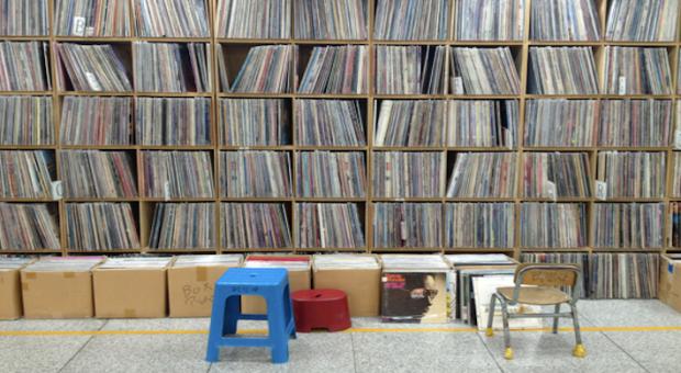 london-vinyl-feature